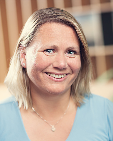 Linda-Charlotte Madsen