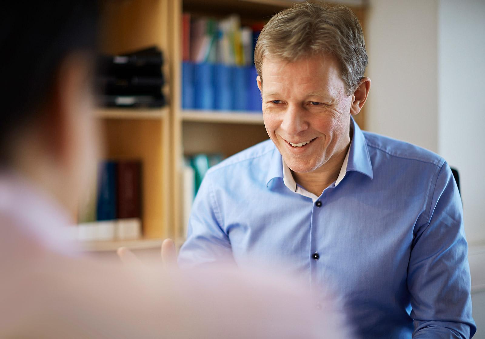 John Harald Hansen overtar som daglig leder